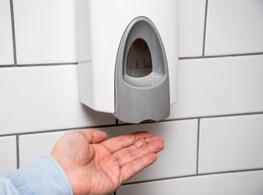 How to use hand sanitiser effectively